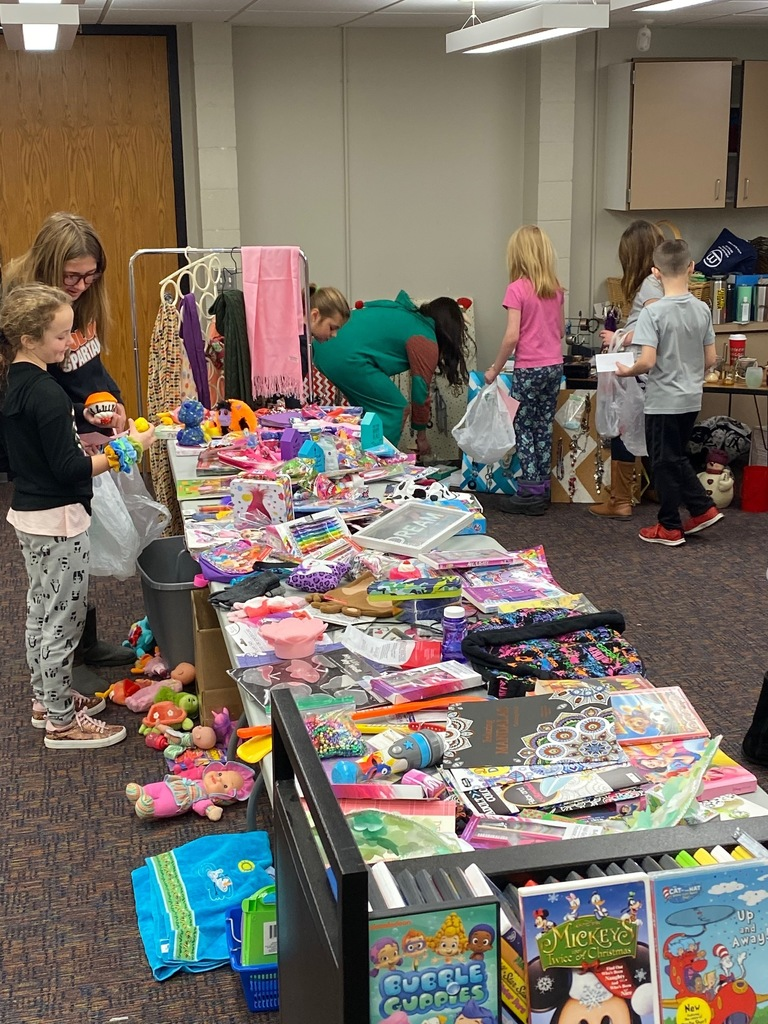 PTO providing kids an opportunity to shop for the holidays